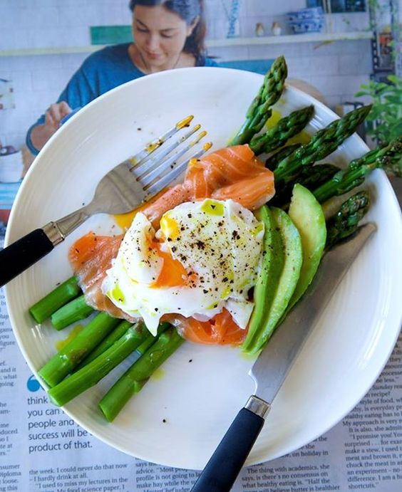 Nadia Lim Salmon, Asparagus and Poached Egg Breakfast 1. Boil the ...