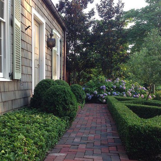 Arkitektur arkitektur garden : Perfect pachysandra. #billingramarchitect #architecture #gardens ...