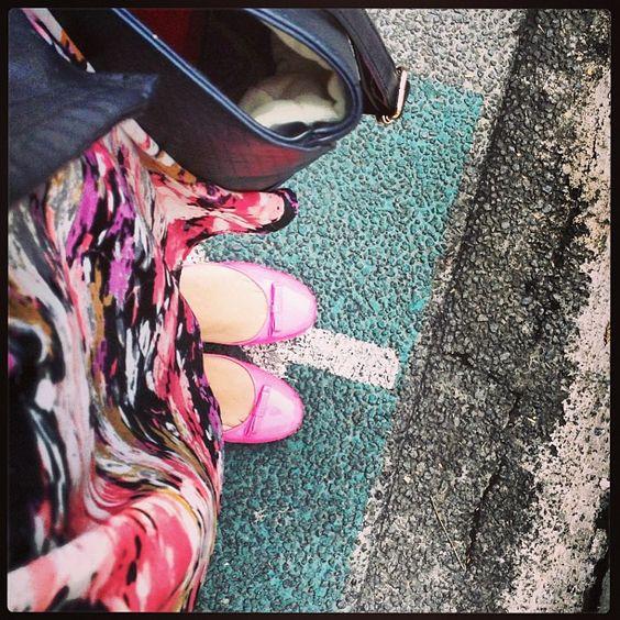 Zapatos rosas neón mis favoritos! :)
