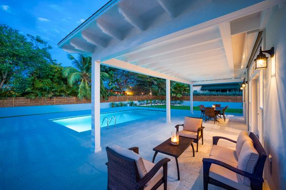 #lifestyle #cayman https://www.facebook.com/cayside/posts/610200425823622  cireba.com mls#405849