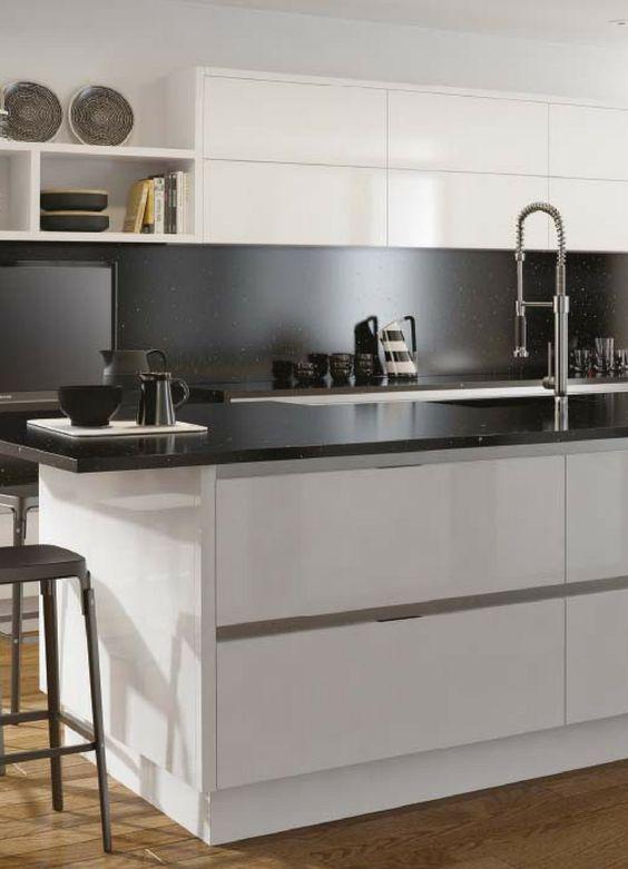 Ideen für die Renovierung 7 moderne Küchen mit Kochinsel als - alternative zu fliesen in der küche