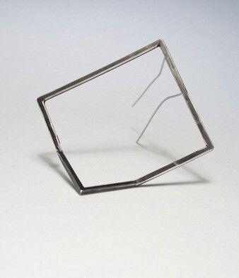 Hakan AKTUG -  Broken Brooch - oxidized silver