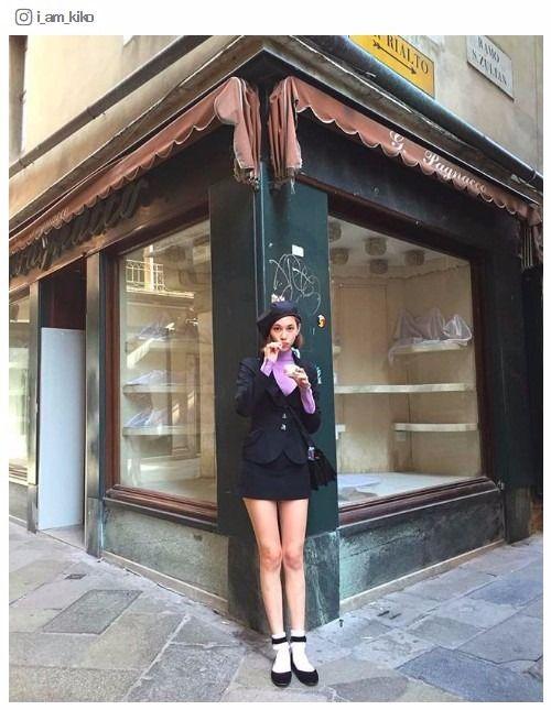 街角で立つ水原希子のかわいくてかっこいい画像