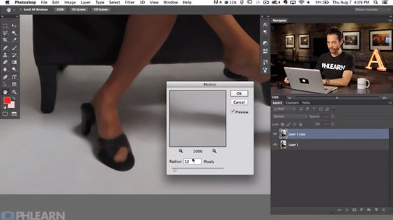 The Best Way to Clean Up a Photo's Background with Photoshop