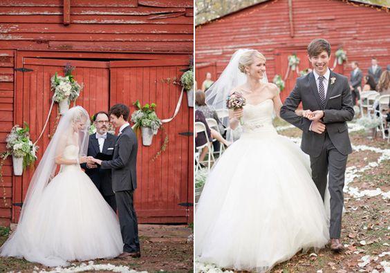 Vintage Outdoor Georgia Wedding Johanna Josh Real Weddings 100 Layer Cake Vghs Pinterest And