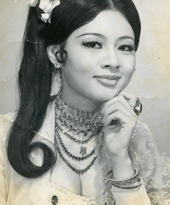 Burmese And Actresses On Pinterest-5176