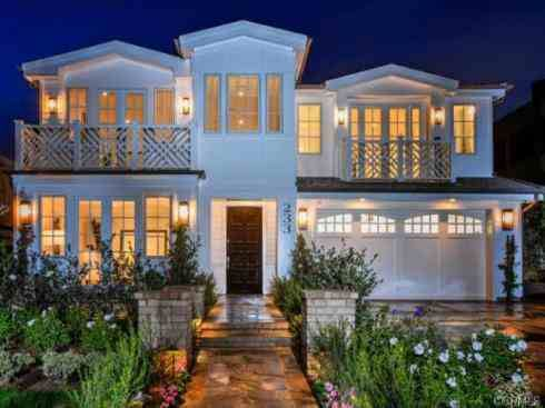 Photo: house/residence of the talented 45 million earning Los Angeles, California-resident
