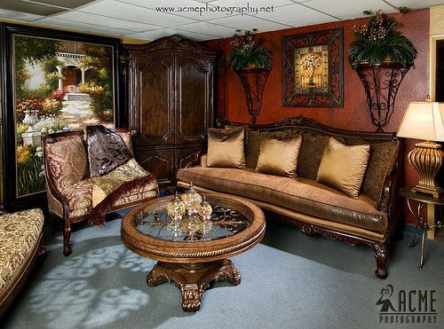 Tuscan Home Decor Features