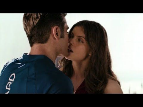 Alexandra Daddario And Zac Efron Kiss Scene In Baywatch Youtube