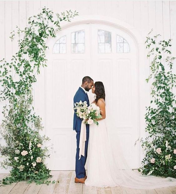 instalatie florala ceremonie religioasa sedinta foto inspiratie nunta