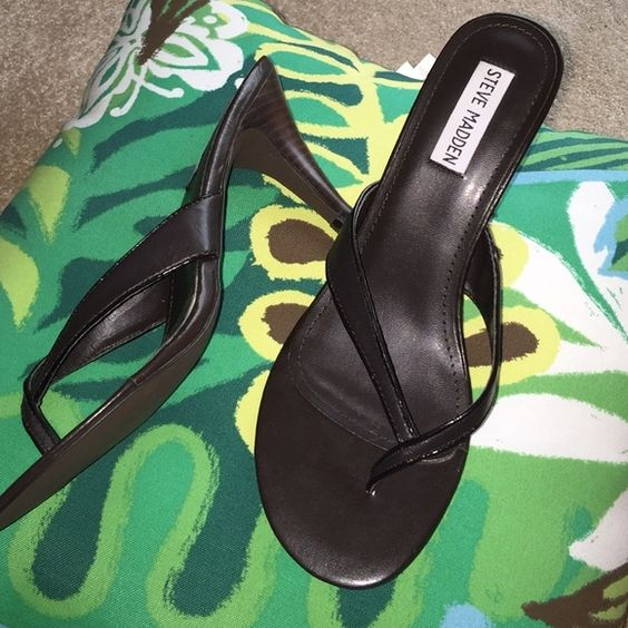 "Steve Madden heels Super cute for summer!! Dark brown leather.Only worn once, got damaged when I put them in my bag after a party to carry home. Shown in last pic.3 1/2"" heel.Easily colored in or repaired... If not for that, excellent condition!! Steve Madden Shoes Sandals"