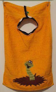 Lätzchen aus Gästehandtüchern / Bibs made of guest towels
