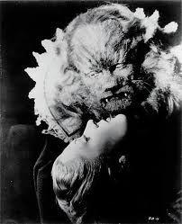 la belle et la bête de Jean Cocteau.