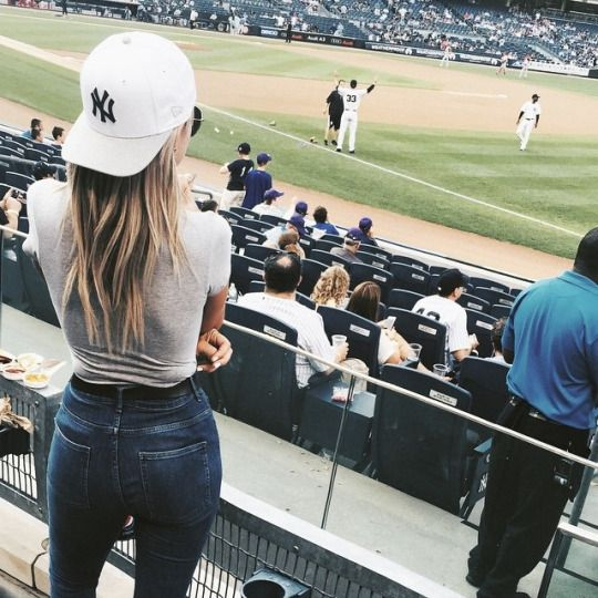 Baseball Spiel and Outfit on Pinterest