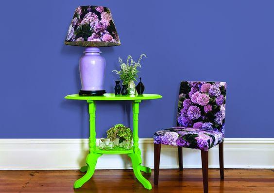 farbgestaltung flur wandgestaltung wanddesign grün lila