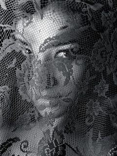 Laia?? Shay Mitchell. Shay Mitchell Brasil: Novas fotos: Photoshoot para o Elias Tahan (2011)