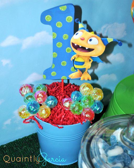 Awesome centerpiece at a Henry Hugglemonster Birthday Party!  See more party ideas at CatchMyParty.com!