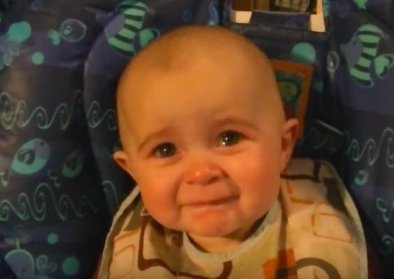 This baby girl's reaction to her mother's song, broke our cute-o-meter! (video) #cute #baby #emotions #daughter #mother