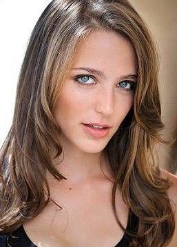 Jessica Rothe Nude