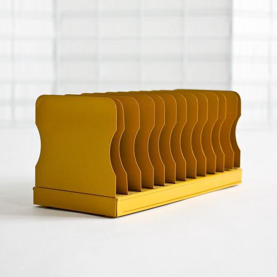 rangement courrier boite courrier pinterest tag res organisateur de lettre et miel. Black Bedroom Furniture Sets. Home Design Ideas