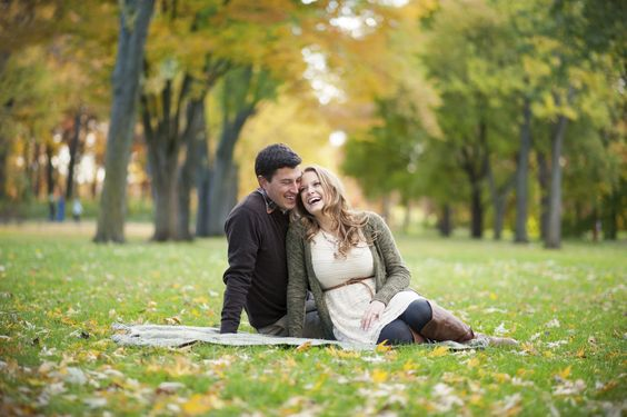 10 Fun Fall Date Ideas That Cost Less Than $25