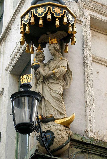 Street Lamp - Antwerp, Belgium: