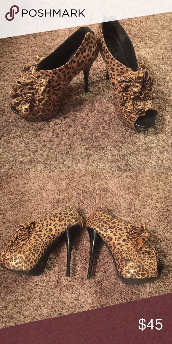 🎁XMAS SALE🎁Qupid Cheetah Heels Like new/ worn once! Qupid Shoes Heels