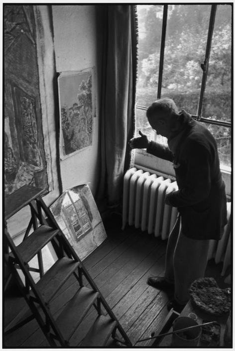 Henri Cartier-Bresson - FRANCE. Alpes-Maritimes. Le Cannet. 1944. Pierre BONNARD at his home.