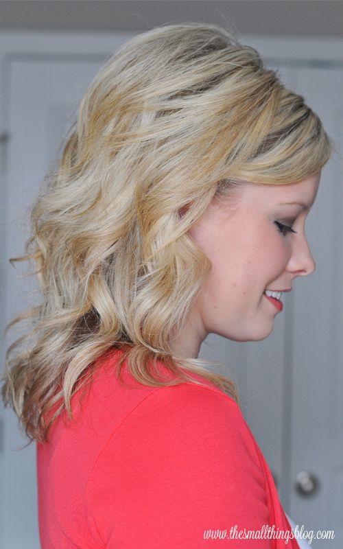 The Small Things Blog: Quick Curls and a Headband Hair Tutorial