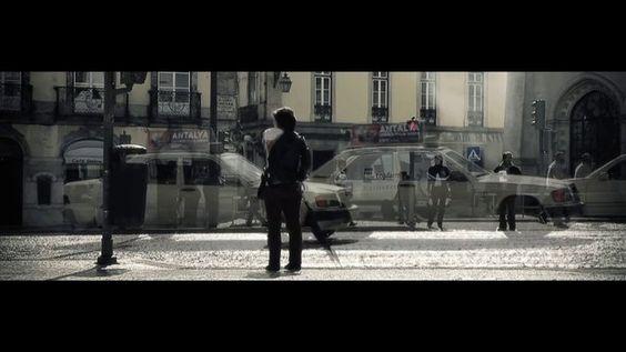 """O """"Encontro"""" : uma interessante e bem produzida curta metragem do chef Alexandre Silva, em que ao longo dos cinco minutos de duração do filme, o chef faz uma reflexão sobre a sua forma de ver a cozinha contemporânea e o percurso de um cozinheiro até se encontrar.   Fantástico ... e inspirador!!"""