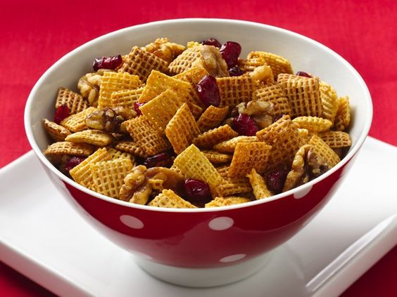 Cranberry-Nut Cinnamon Chex® Mix (Gluten Free)