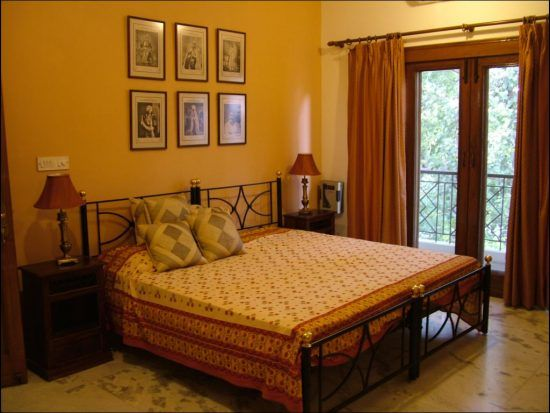 Middle Class Simple Indian Bedroom Design For Couple Homyracks