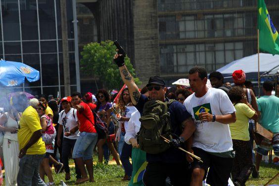 Veja o flagrante do ataque de policiais à Marcha das Mulheres Negras