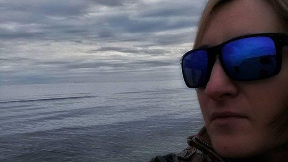 Non tutti coloro che vedono hanno aperto gli occhi e non tutti coloro che guardano vedono - Baltasar Gracián y Morales - 26marzo 2016 #sea #rainyday #icoloripiubelli #adoroilmareètuttalamiavita #nuvolesulmare #passeggiando #noi #rimini #mimancava #grazieditutto #momentipernoi #oackley #sky  #rivieraromagnola #friends #amoreperlavita #amorepernoi #hobisognodime #andratuttobene #believe by maryka_79