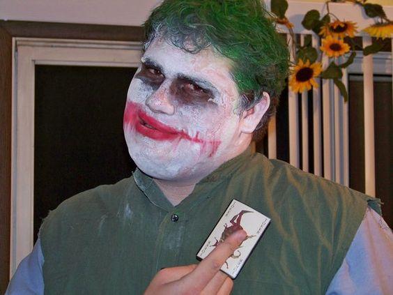 SOB CONTROLLE   Games, humor e um pouco mais: Cosplay e Cospobre #8! (Joker e Harley Quinn)