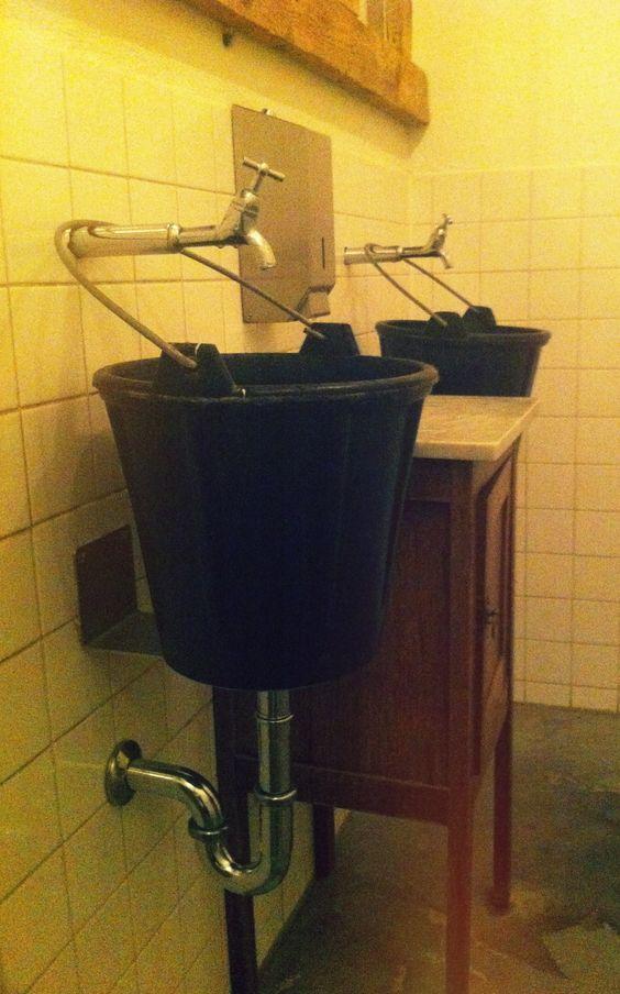 Briljant! Fantastic simple bathroom sink at restaurant vroeg (vroeg.nl) at bunnik (Netherlands).