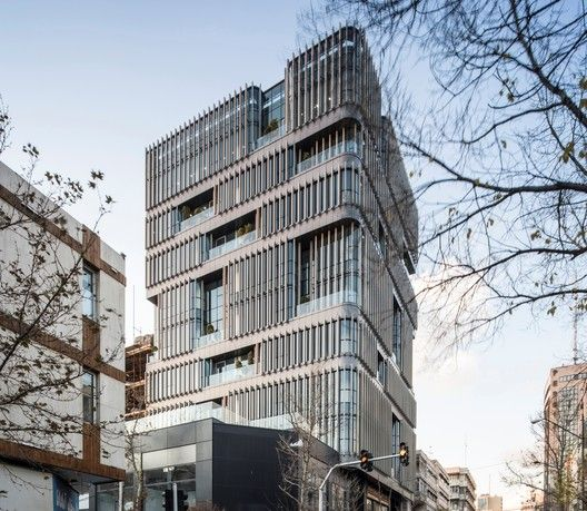 Office Buildings Architecture And Design In 2019 Archdaily In 2020 Building Office Building Office Building Architecture