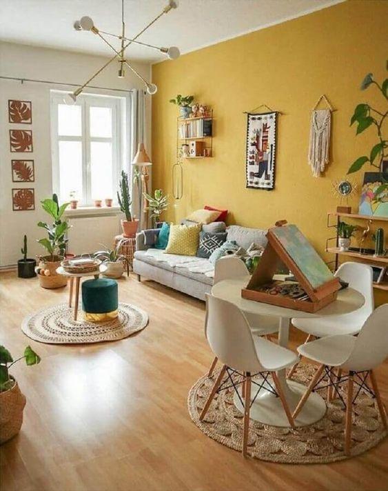 cor mostarda para parede de sala simples #cormostarda #cormostardafundo #cormostardaparede