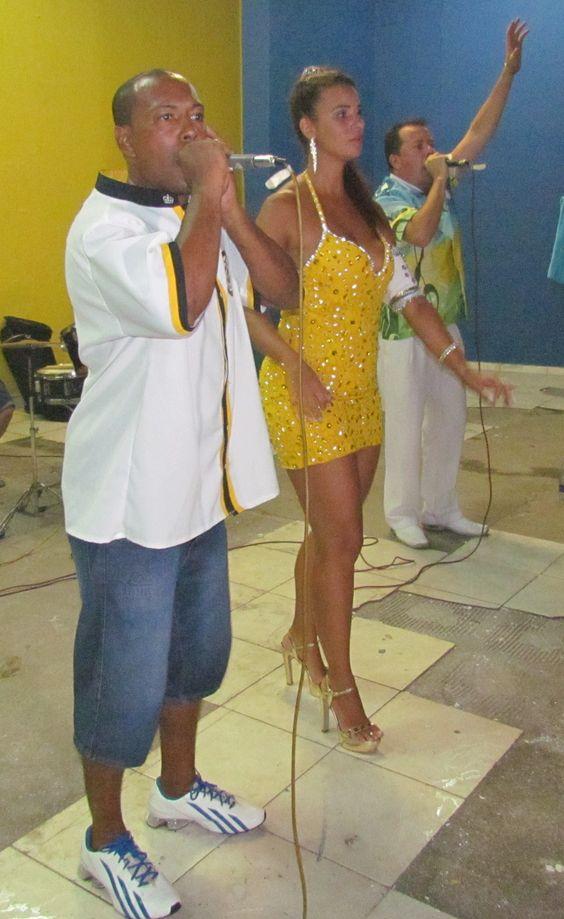 """.:  """"Imperador da Ilha"""" faz seu  grito de Carnaval neste sábado"""
