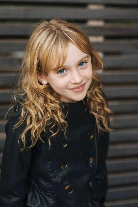 Sofia Wells is going to be young Clary in #Shadowhunters