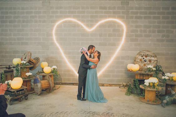 corazón leds boda www.bodasdecuento.com