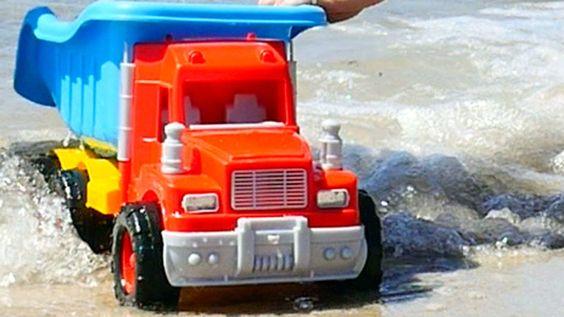 Wir bauen einen Pool - Spielspaß am Meer - Celine will fischen   Tolle V...