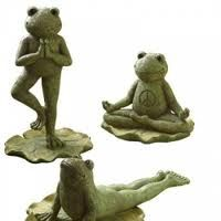 Peaceful gardner frogs finding peace giving frogs perfect forward yoga