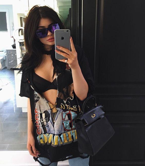 Kendall and Kylie Jenner Start a Cut Up T-Shirt Trend | Teen Vogue: