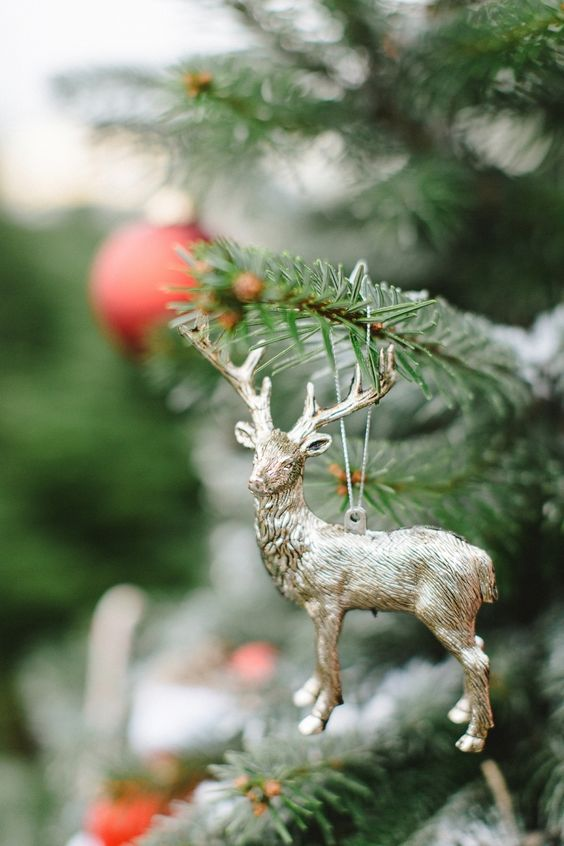 Deer ornament | woodland wedding decoration #woodland