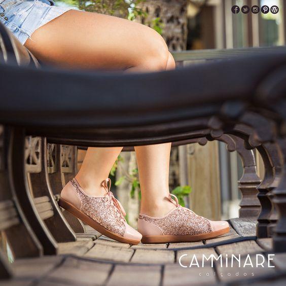 É lindo, tem brilho e tem conforto! Se joga nos tênis super fofos da Camminare!  #camminare #shoes #love #moda #mulheres #fashion #streetstyle #style #bestfriends