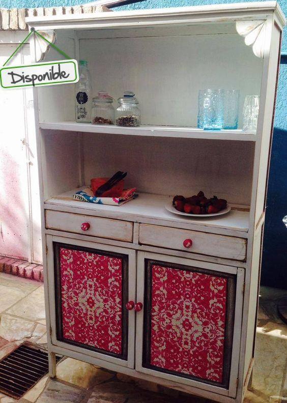 EN VENTA !!!! Mueble totalmente restaurado, en madera reciclada con