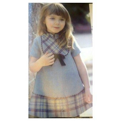 Vestido niña trapecio. Talla  3, 5 y 6 años, precio... 17.97€