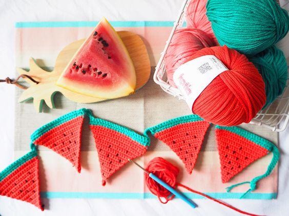 Craft Lovers ♥ Guirnalda de sandías a ganchillo por Les Moustachoux con Bulky Cotton y Big Alabama