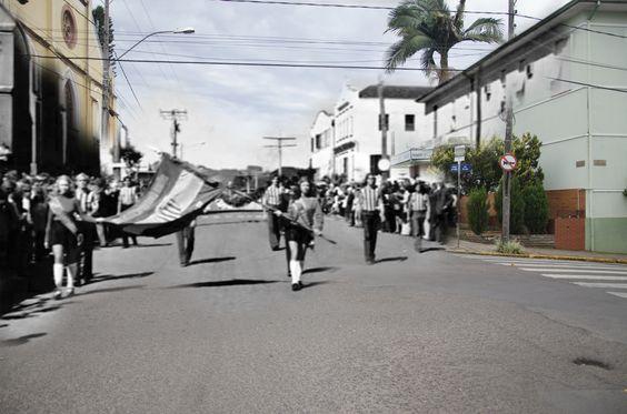 Av. São Miguel com a Rua São José - Entre a Antiga Igreja Matriz e o Hospital - Bairro Centro - Dois Irmãos